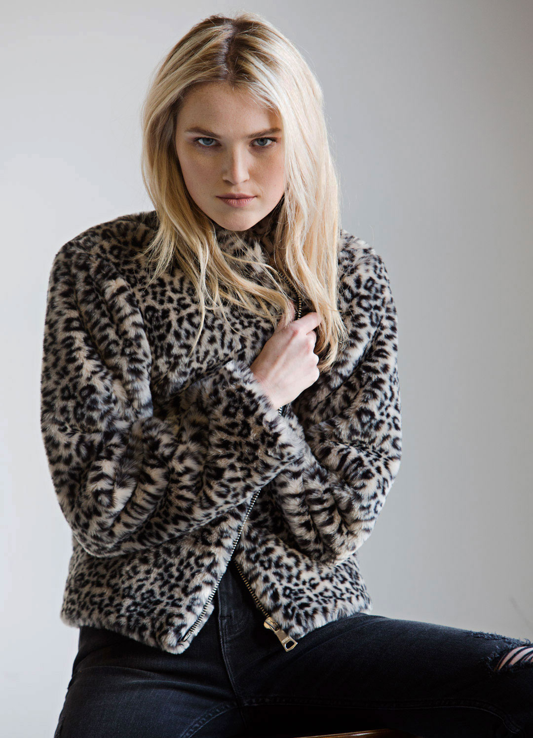Fashion-photographer-womens-outerwear-nyc
